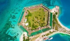 Fort Jefferson: masivní chlouba Floridy z šestnácti miliónů cihel
