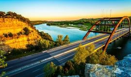 Kráska z drsného Texasu: Most 360