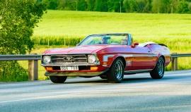 Ford, Chevrolet, Pontiac, Buick a Cadillac: 5 legend, které jezdily mezi mafiány i transformery