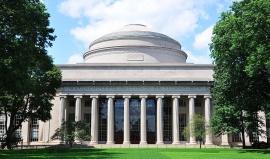 Nejslavnější univerzity USA: M.I.T. odchovala astronauty a držitele Nobelovky