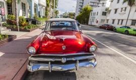 Miami = teplo, krásné ženy a rychlá auta? Nejen to, kupodivu i kulturní bomba