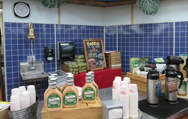 Ochutnávjka na farmářském trhu, Atlanta, Georgia, USA - Amerika.cz