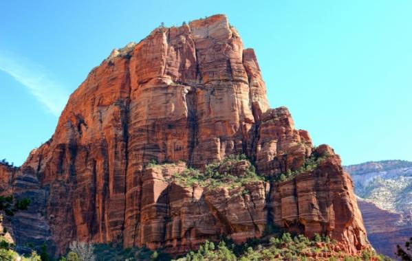 Angels Landing - skála v americkém parku Zion v Utahu