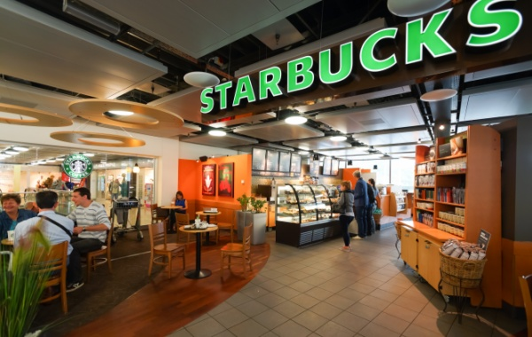 Kavárny Starbucks startovaly v Americe v Seattlu