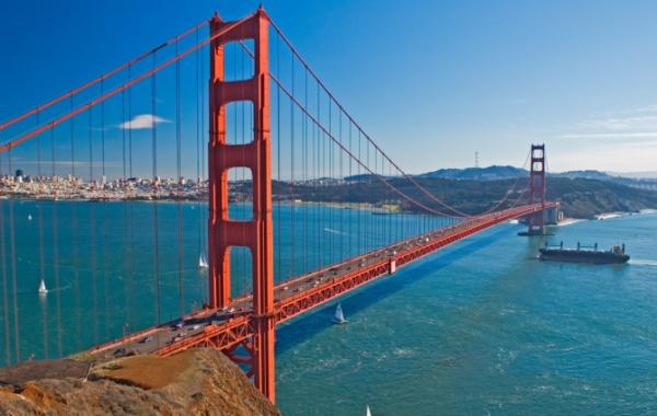 Golden Gate Bridge - oranžový most v San Franciscu