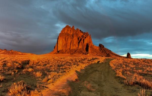 Skála Shiprock, Nové Mexiko, USA - Amerika.cz