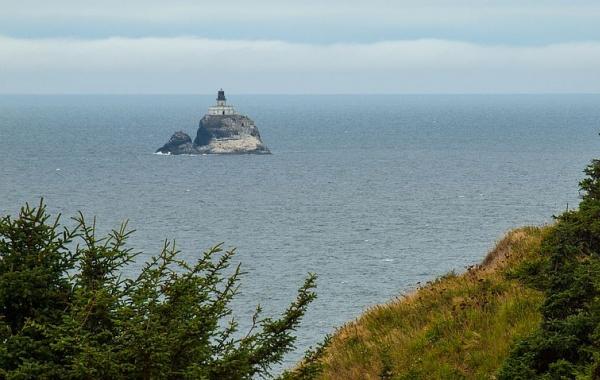 Maják na Tillamook Rock v Oregonu
