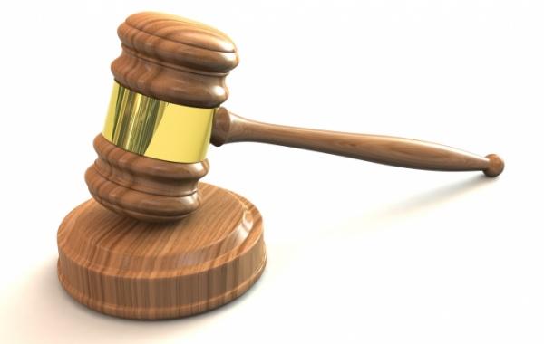 Soudcovské kladívko III