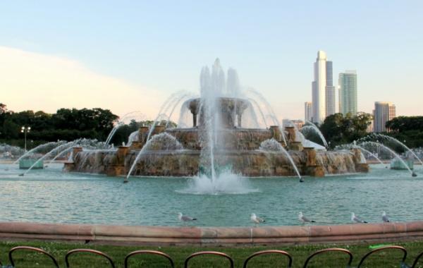 Buckingham Foutain v Chicagu, Illinois, USA
