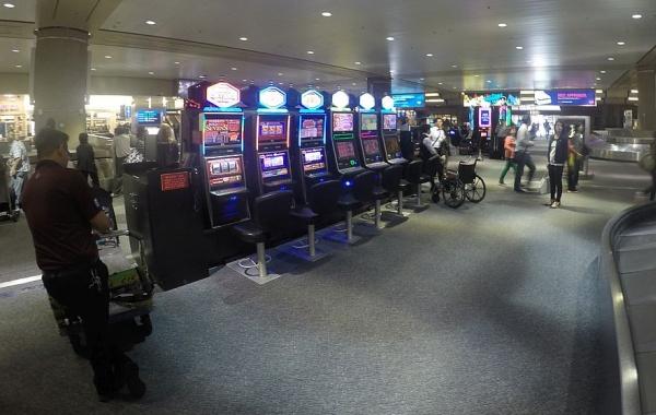 Automaty na letišti v Las Vegas