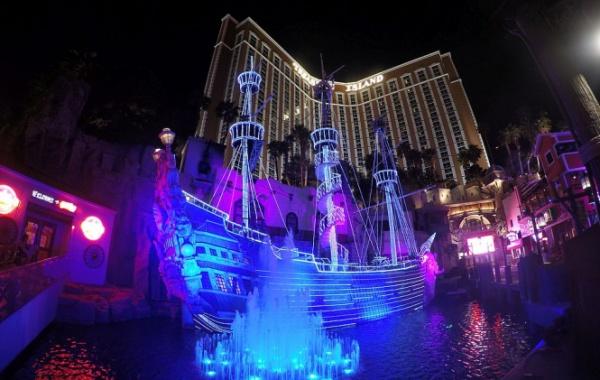 Treasure Island v hotelu v Las Vegas
