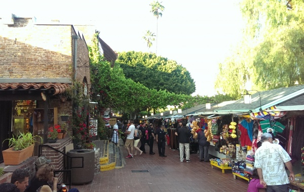 Olvera Street v Los Angeles