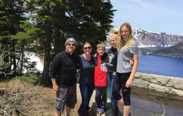 Katka s rodinou na výletě po národních parcích