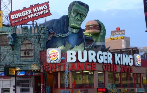 Stylové rychlé občerstvení v Disneylandu