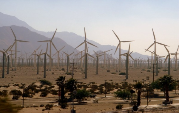 V Kalifornii mají rádi větry. Zásobují je energií