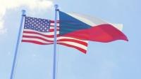 Vlajky USA a Česka