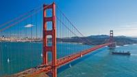 Panorama zálivu a visutého mostu Golden Gate v San Franciscu, Kalifornii v USA.