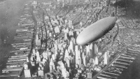 Manhattan Zeppelin