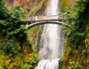 Vodopád Multnomah v kaňonu řeky Columbia River